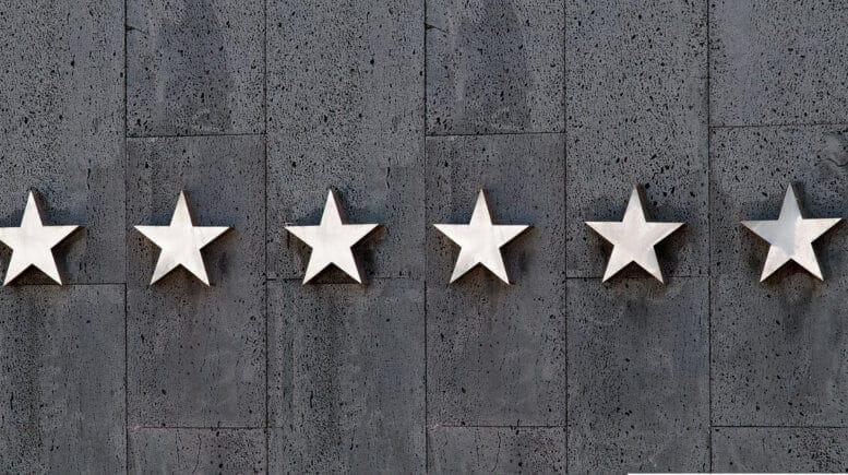 Sterne an Wand